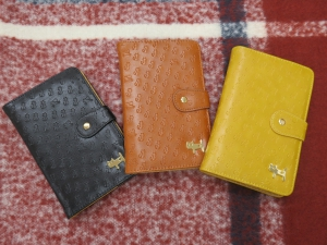新しいお財布は猫ネコで福も招いて2019新年スタート