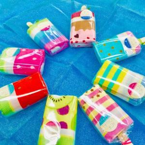 プレゼントにオススメ☆可愛いアイスキャンディー型ハンカチ!